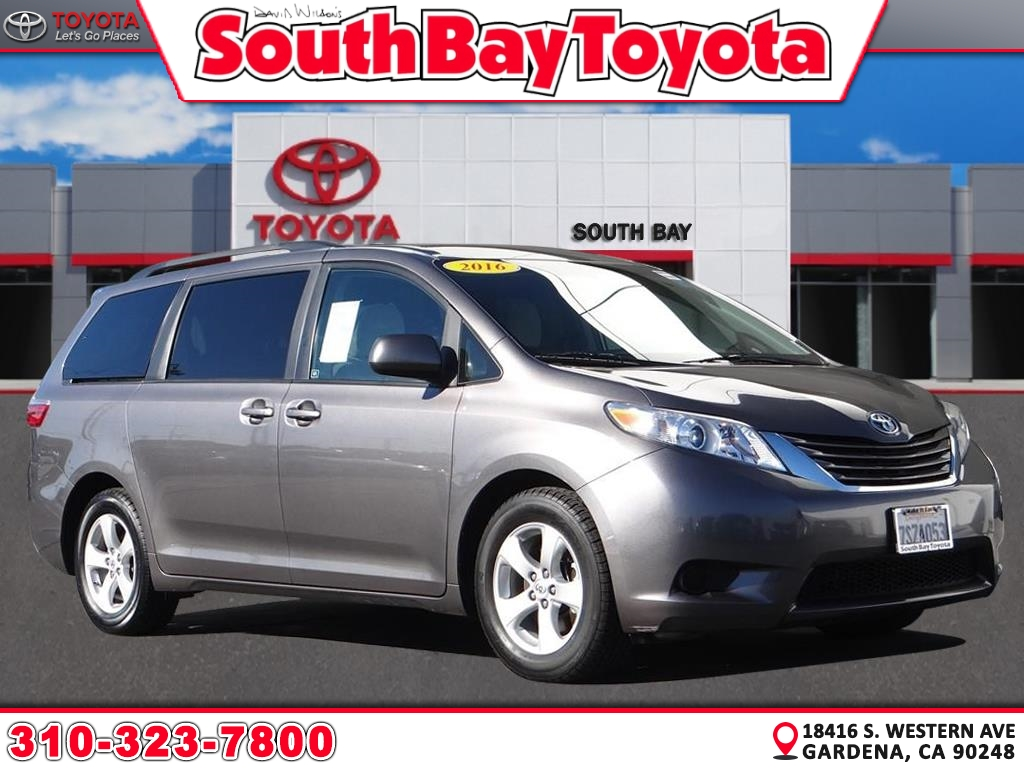 Certified Pre-Owned 2016 Toyota Sienna LE