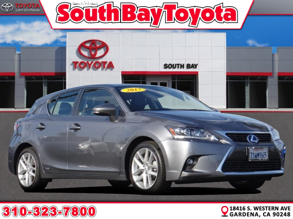 Pre-Owned 2017 Lexus Ct 200h Base
